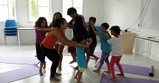 07 kids yoga