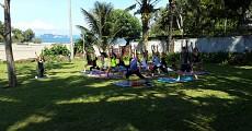 08 beyond resort outdoor group yoga