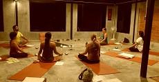 08 candlelight yoga